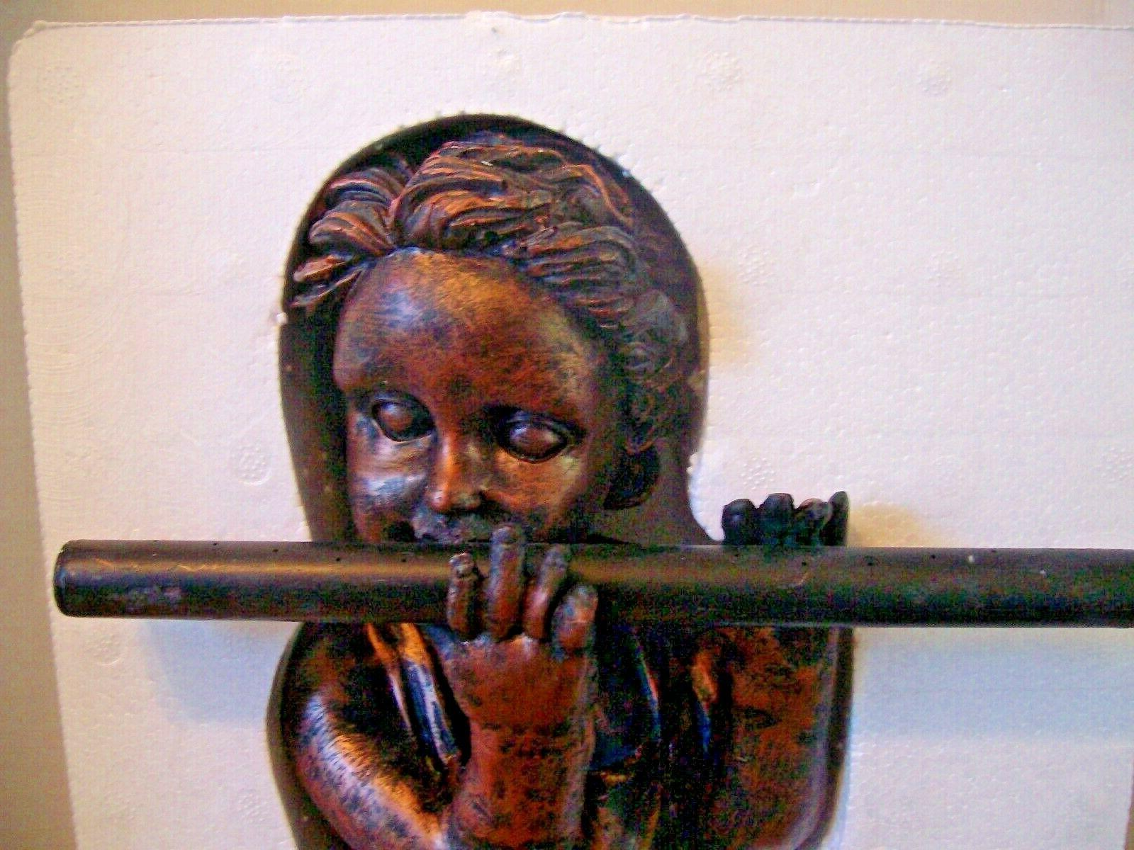 DECORATIVE SPRINKLER FLUTE BOY Resin ~ Copper Black NIB