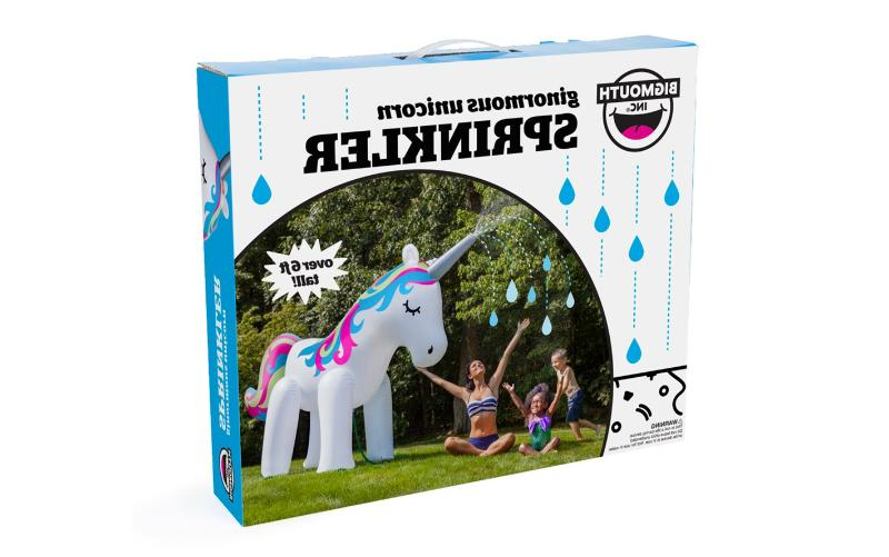 ginormous inflatable magical unicorn yard